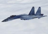 ニュース画像:Su-35がP-8Aをインターセプト、高速反転の機動飛行で後方乱気流