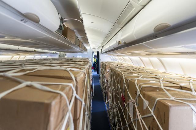 ニュース画像 1枚目:ルフトハンザ・テクニック、旅客機を貨物機に改造