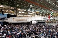 ニュース画像:エミレーツの777-200が全機退役、フェリー便出発前のコクピット【動画】