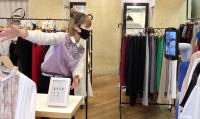 ニュース画像:ANAグループ、大分市の商店街にアバターを設置し遠隔買い物体験を提供
