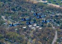 ニュース画像 10枚目:上空を展示したブルーエンジェルズとサンダーバーズ