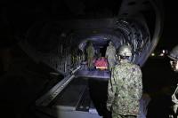ニュース画像:第1ヘリコプター団CH-47、南陽市十分一山の山林火災で災害派遣対応
