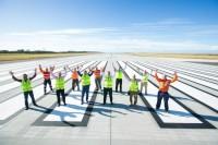 ニュース画像:ブリスベン空港の01L/19R新滑走路が完成