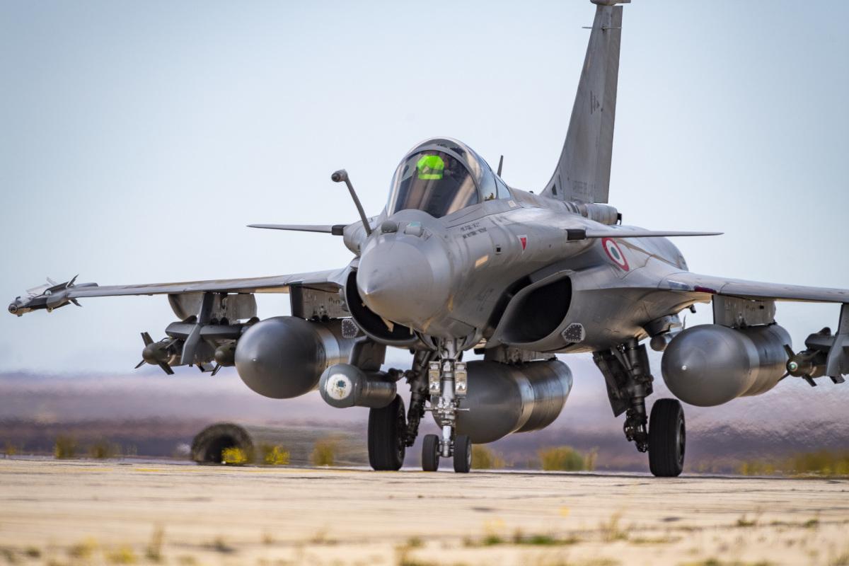 フランス空軍のラファールC、中東で偵察任務に就く | FlyTeam ニュース