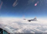 ニュース画像:ロシア空軍Tu-160、バルト海を飛行