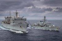 ニュース画像:アメリカ海軍とイギリス海軍、北極圏のバレンツ海で共同演習