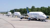 ニュース画像:ドリームリフター3機、中国からアメリカに医療用品を輸送