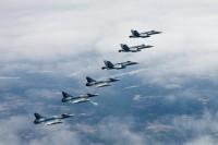ニュース画像:フランス空軍ミラージュ、フィンランドとスウェーデン空軍と訓練