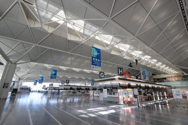 ニュース画像 1枚目:中部国際空港チェックインカウンター