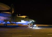 ニュース画像:ジェラルド・R・フォードでCQ実施、アメリカ海軍E-2Dが50%超
