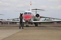 空自の新型飛行点検機U-680A、入間基地で飛行開始の画像