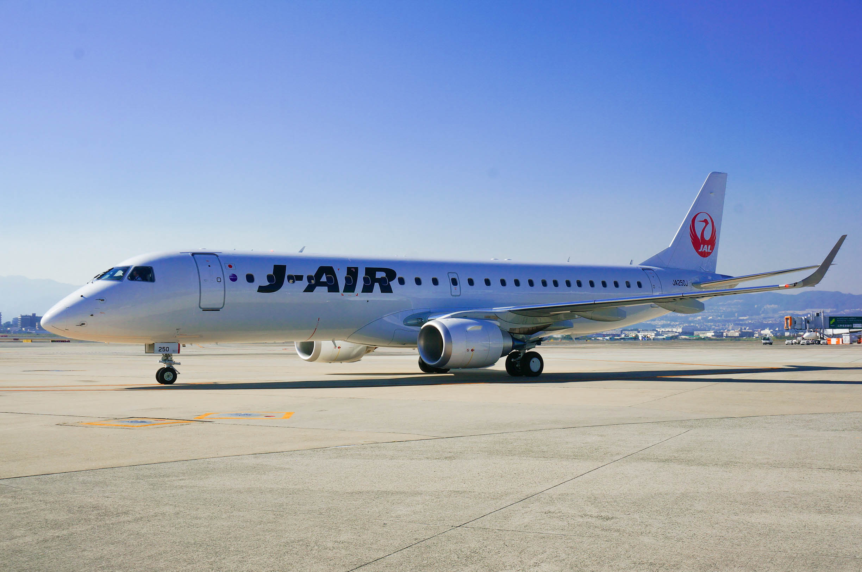 JAL、カウンターに消毒液設置で利用者が消毒・除菌できる環境作り