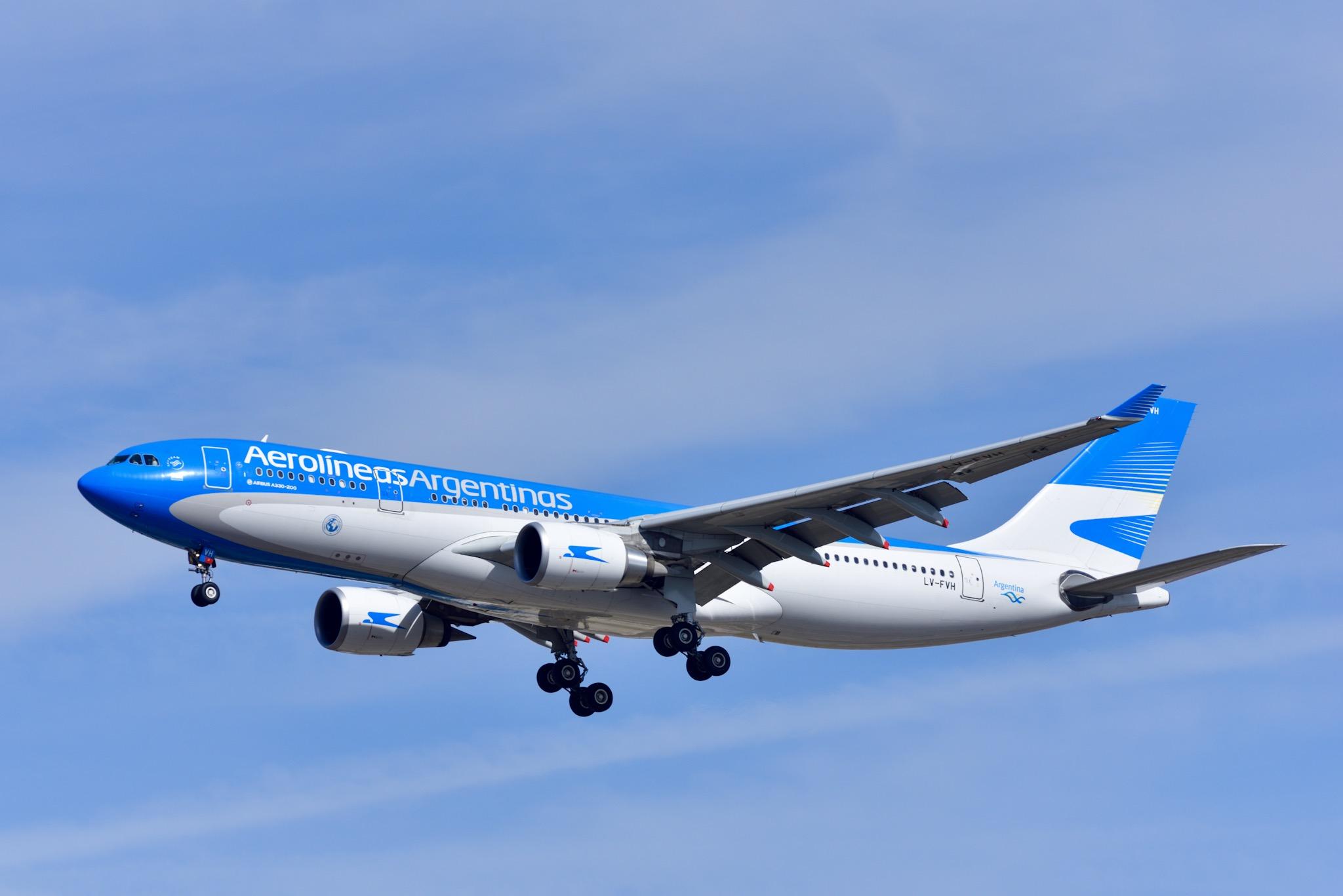 カタール航空、コロナ打撃の3カ月間に業界最多の180万人を輸送