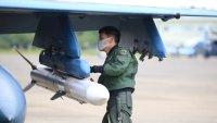 百里基地のF-2、兵装搭載訓練を実施 即応能力の維持向上を確認の画像