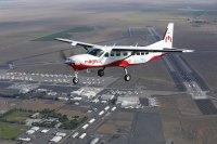 ニュース画像:世界最大の完全電動飛行機「eCaravan」、アメリカで初飛行に成功