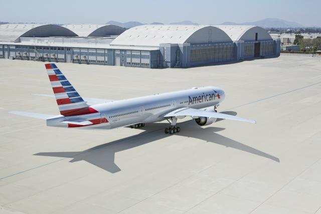 ニュース画像 1枚目:アメリカン航空 777-300
