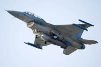 ニュース画像:オランダ空軍F-16、バードストライクでスキポール空港に緊急着陸