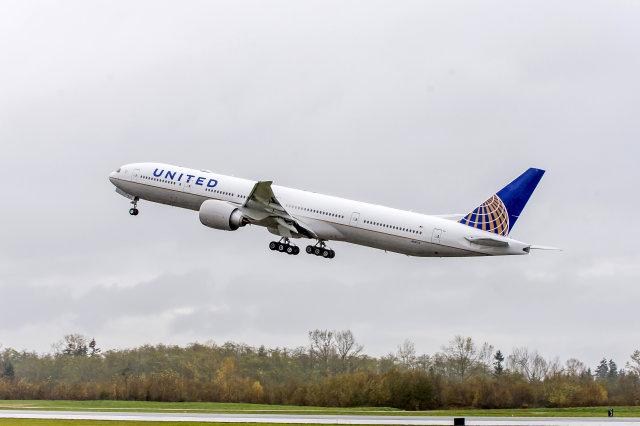 ニュース画像 1枚目:ユナイテッド航空 777