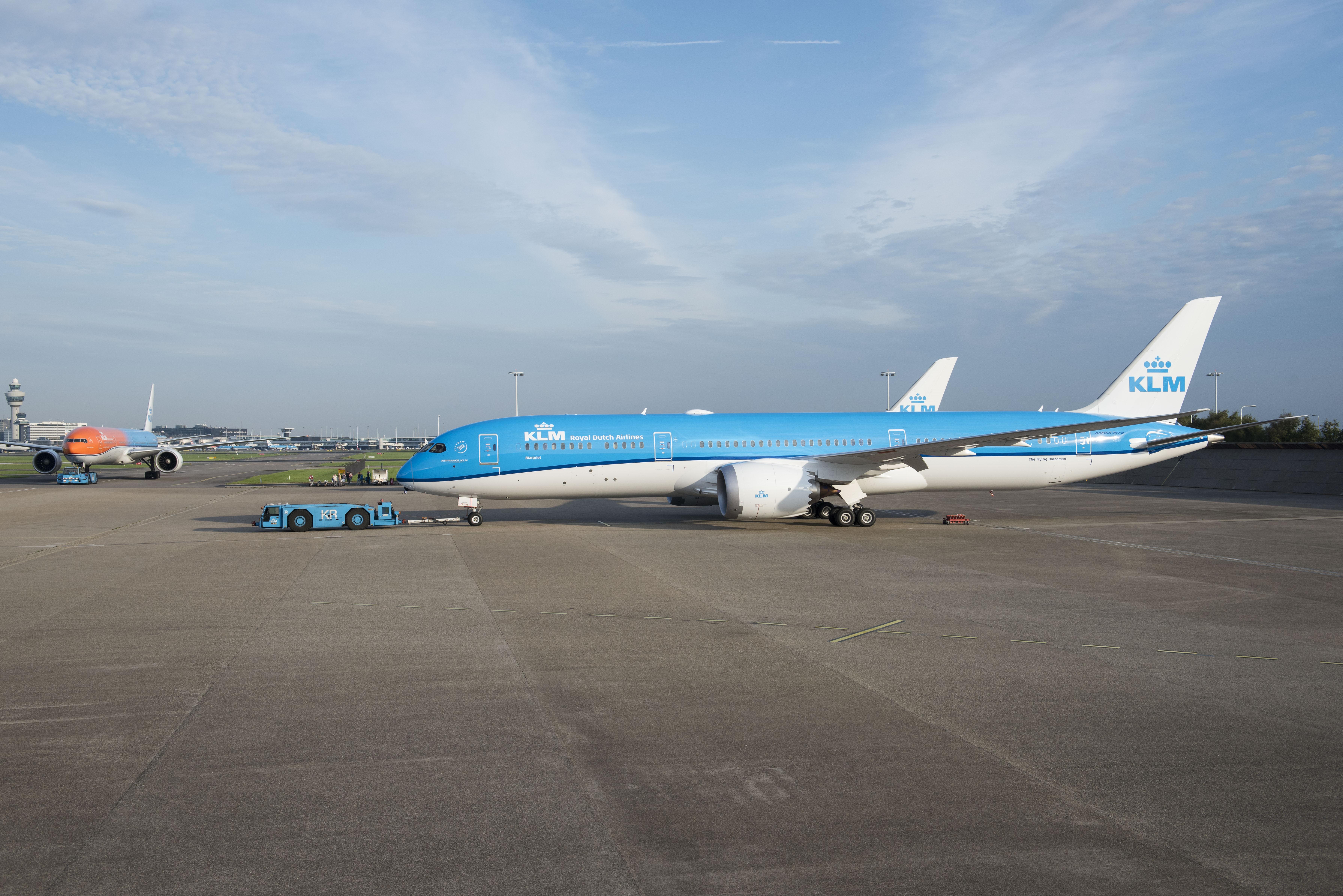 富士山遊覧飛行・SL・あぷとライン堪能ツアー、8月10日に開催