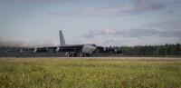 ニュース画像:アラスカ派遣のB-52H、日本海で空自やVAQ-209と訓練
