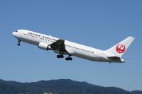 ニュース画像:JAL国内線、7月前半は計画便数の50%超を運航