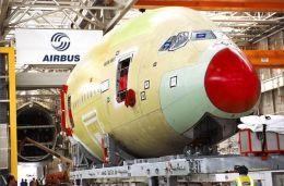 ニュース画像 1枚目:A380 機首部分