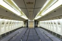 ニュース画像:旅客機の貨物仕様への改修方法は? エミレーツの動画