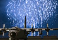 横田基地、きょうアメリカ独立記念日祝い花火打ち上げの画像