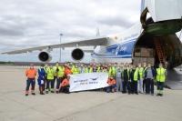 ヴォルガ・ドニエプル、個人保護具のフランス輸送で大規模なチャーター便の画像