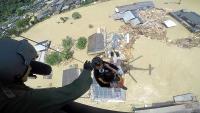 ニュース画像:九州での大雨、警察・消防・海保・自衛隊が航空機投入で対応