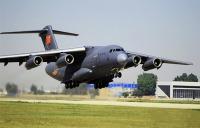 ニュース画像:可能性を秘める、中国空軍の大型輸送機Y-20