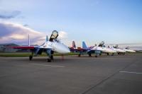 ニュース画像:「ロシアン・ナイツ」向けSu-35S、新たに4機引き渡し