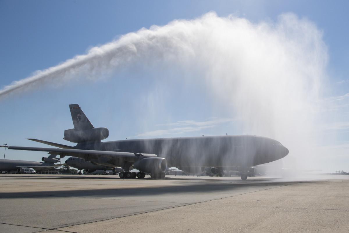 ニュース画像 1枚目:KC-10エクステンダー「86-0036」が退役