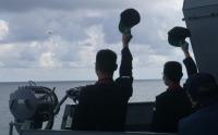 護衛艦「てるづき」、南シナ海でフィリピン海軍と共同訓練の画像