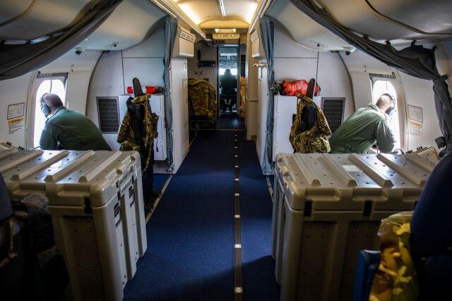 ニュース画像 1枚目:ポセイドン機内での目視