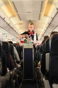 ニュース画像:クリスマスも年末年始も働き続けるエアライン、空港スタッフたち