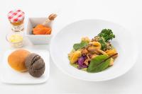 ニュース画像:JAL、SDGsテーマの国際線機内食 「より善く食べる」