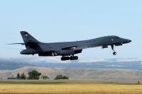 B-1Bランサー、空自と訓練 アンダーセン空軍基地に前方展開の画像