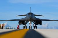 ニュース画像 3枚目:アンダーセン空軍基地に到着したB-1B