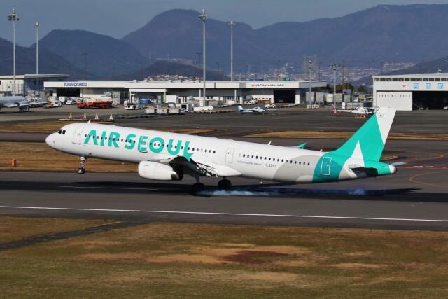 ニュース画像 1枚目:高松空港でのエアソウル (left eyeさん撮影)