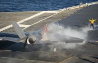 ニュース画像 4枚目:発艦前のF-35C