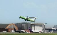 ATR、貨物専用機72-600F初号機 初飛行の画像