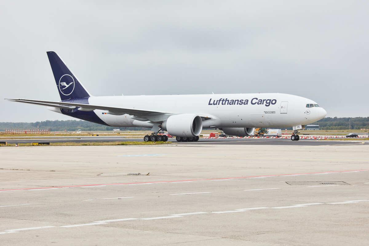 ニュース画像 1枚目:ルフトハンザ・カーゴ 777F D-ALFI