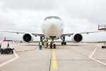 ニュース画像 3枚目:ルフトハンザ・カーゴ 777F D-ALFI 正面から
