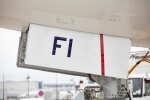 ニュース画像 4枚目:前脚 記号「FI」
