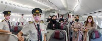 ニュース画像 2枚目:カタール航空、ピンクリボン月間で特別フライト運航