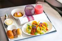 カタール航空、ビジネスクラスでヴィーガン機内食を初導入の画像
