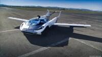 ニュース画像:3分でクルマからヒコーキに変わるAirCar、初飛行