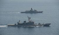 ニュース画像:護衛艦しまかぜとフリゲート艦アランタ、九州西方で共同訓練