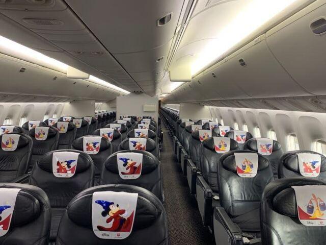 ニュース画像 3枚目:JAL DREAM EXPRESS FANTASIA 80 機内の様子